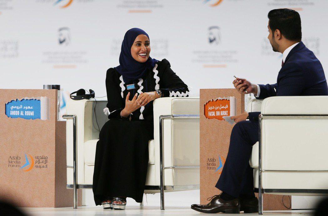 阿拉伯聯合大公國(UAE)2016年設立「幸福次長」,光是職銜就感覺到積極面。圖...