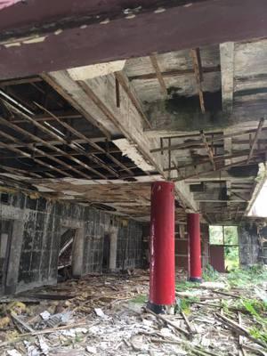 青邨介壽堂破損嚴重。 圖/讀者提供