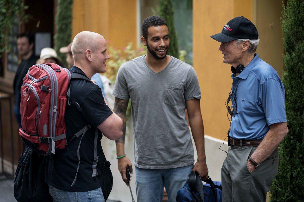 奧斯卡金獎導演克林伊斯威特(右)自從「薩利機長」、「美國狙擊手」之後再推新作「1...