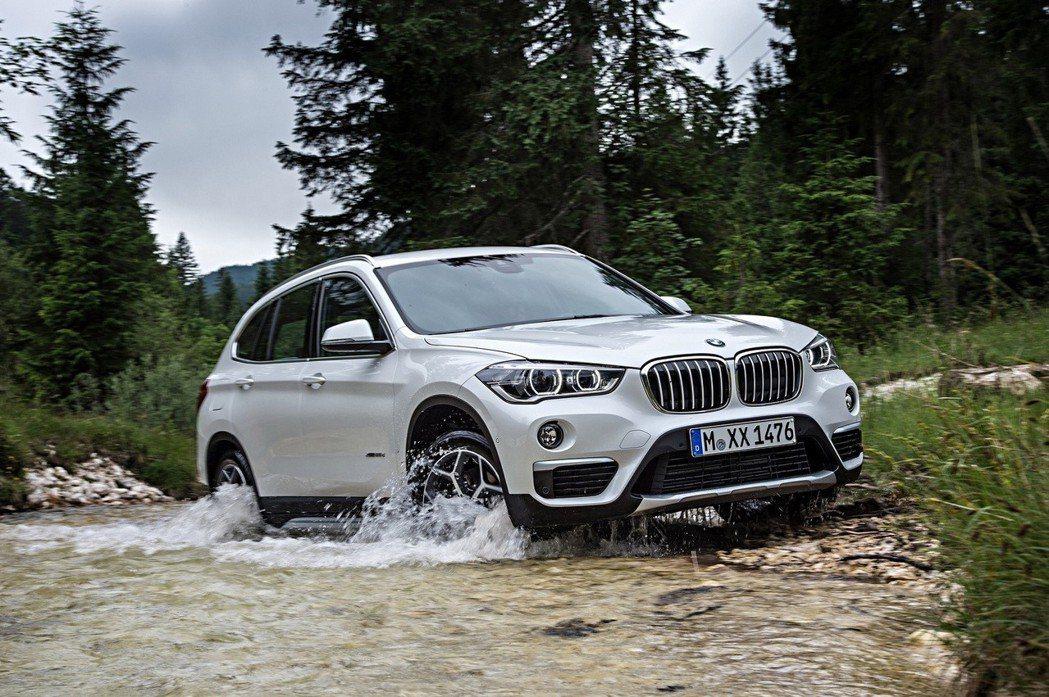 BMW X1。 摘自BMW