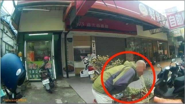台中市何姓男子酒駕遇警竟用催吐方式規避酒測。 記者林孟潔/翻攝