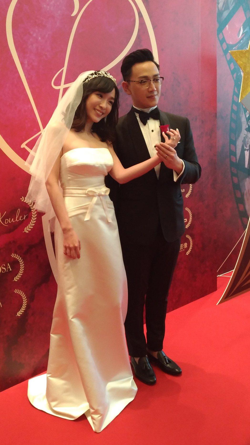 張宇和老公劉彥谷秀婚戒。記者李姿瑩╱攝影