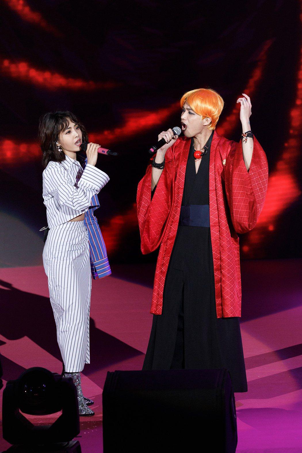 蔡依林(左)28日舉行粉絲同樂會。圖/華納音樂提供