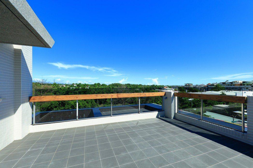 「托斯卡尼」觀星大露臺。 圖片提供/瀚豐泰建設