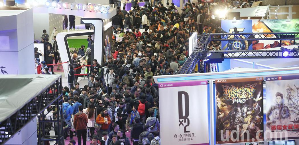 台北電玩展29日進入展期最後一天,人潮再湧現。聯合報系記者陳正興/攝影