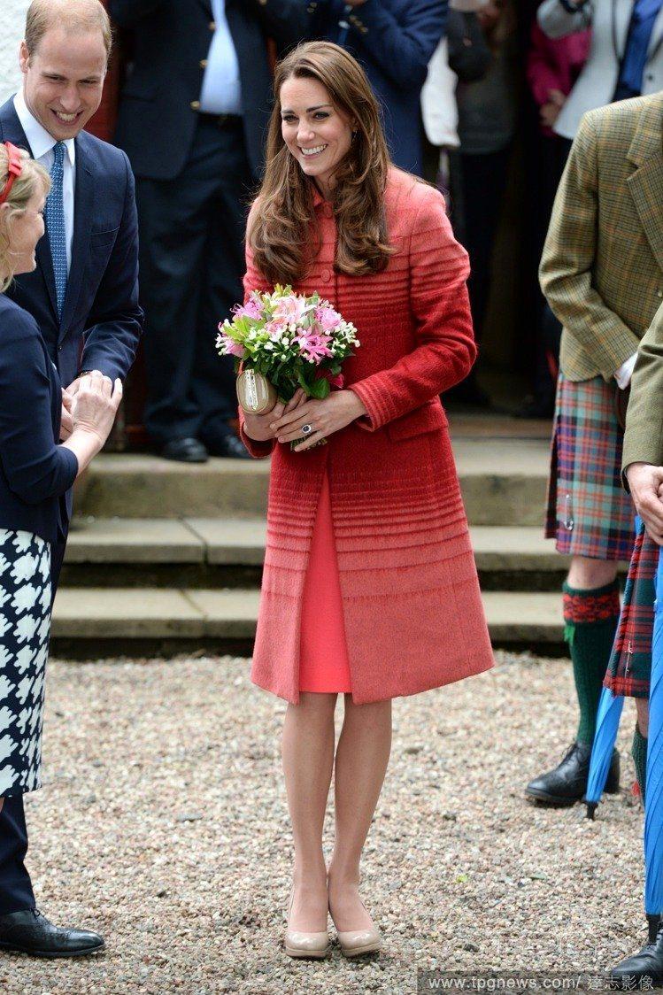 凱特王妃留著一頭長髮很多年,可說是她的正字標記。圖/達志影像