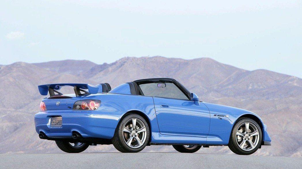 S2000 CR。 摘自Honda