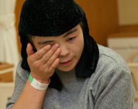 馬媽媽回憶起孩子一路以來的醫療過程,以及受過的種種幫助,不禁紅了眼眶。