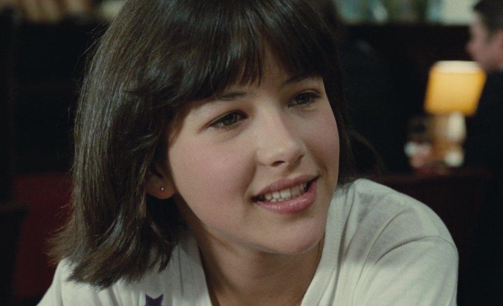 15歲的蘇菲瑪索,在「第一次接觸」裡可愛純情,風靡亞洲觀眾。圖/摘自imdb