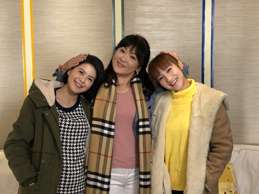 姚黛瑋加入「實習醫師鬥格」和林柏妤、夏宇禾合作。圖/民視提供