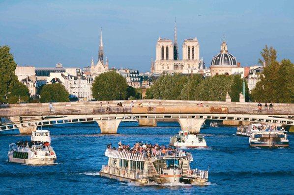 歐元區經濟創十年來最強勁成長,主要受惠於法國企業投資支出復甦所賜。 法新社