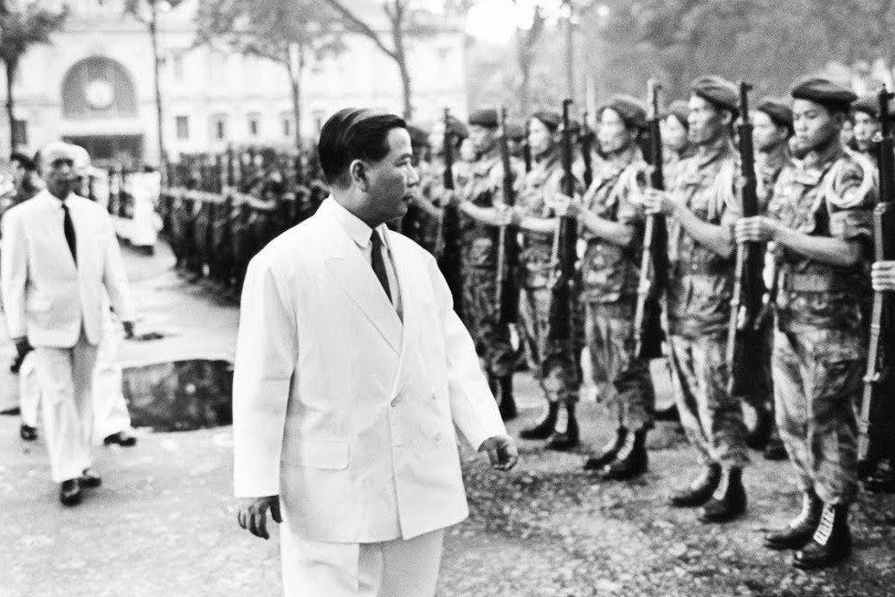 如果吳廷琰倒台,那麼美國的聲譽將會受到重創,因為美國已經將自己綁在南越身上。 圖...