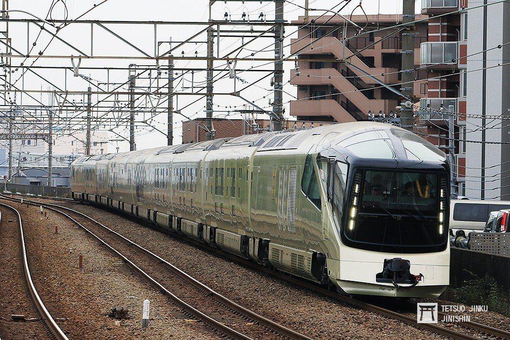 在鐵道觀光掀起一陣旋風的超豪華寢台列車「TRAIN SUITE 四季島」。 圖/...