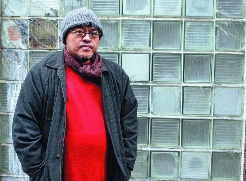 駱以軍的新小說,探討了他過去較少接觸的政治議題。 攝影/郭晉瑋