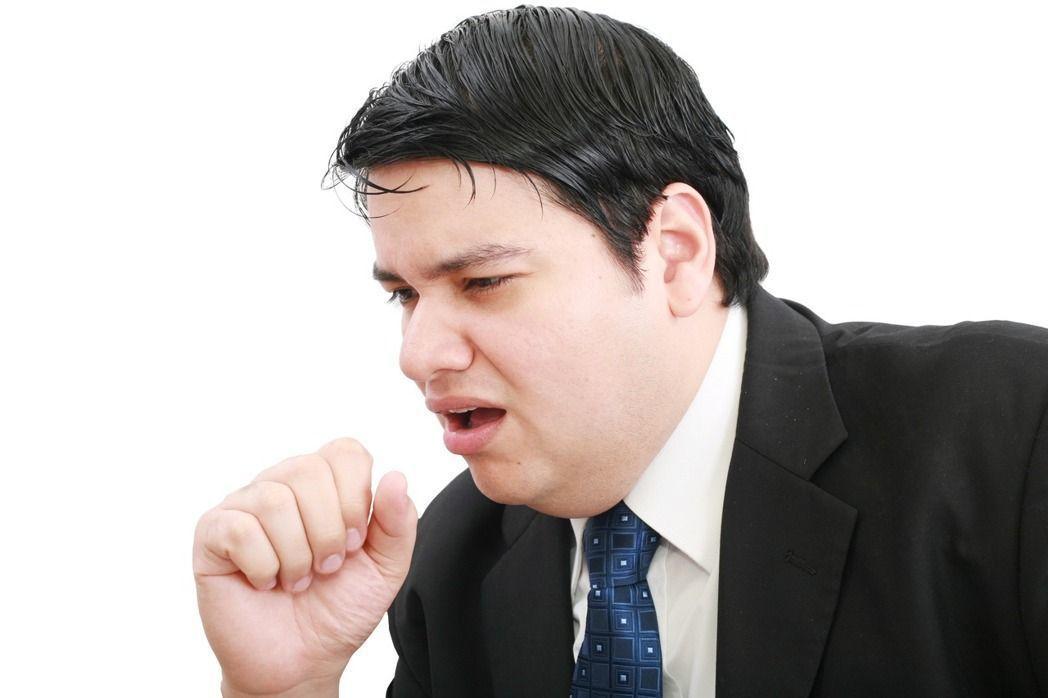 喉嚨聲啞,可能是喉癌初期症狀。示意圖/Ingimage