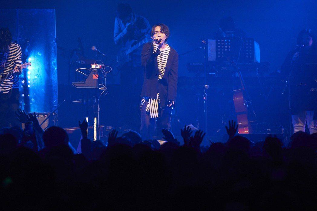 林宥嘉1日在legacy舉辦小型演唱會。圖/華研提供