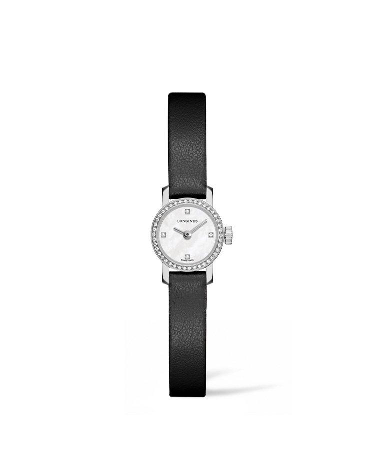 浪琴迷你系列鑲鑽珠寶表,黑色皮革表帶,約46,700元。圖/Longines提供