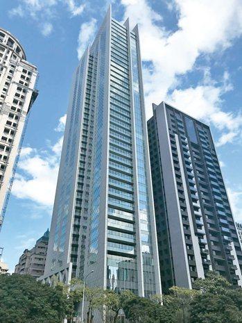大陸宝格成交均價65.5萬元,名列台中豪宅第二。 記者游智文/攝影