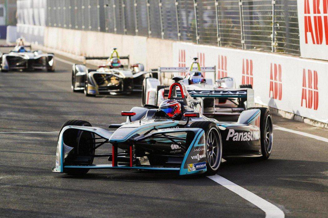 ABB FIA Formula E 電動方程式賽事將首度移師智利聖地亞哥 (Sa...