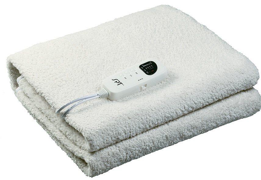 尚朋堂雙人電熱毯SBL-222,控制器可拆,柔軟毛料材質的毛毯可清洗。圖/全國電...