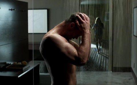 「格雷的五十道陰影:自由」即將上映,片中除了男女主角終於結為連理、過去的陰影再度糾纏甚至帶來危險外,成了夫妻後的格雷總裁與安娜之間的床戲是否更火辣?也極受外界矚目。對此「格雷總裁」傑米杜南表示:「有...