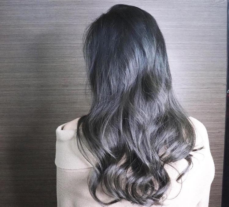 髮型創作/改造女神Momo。圖/HairMap美髮地圖提供