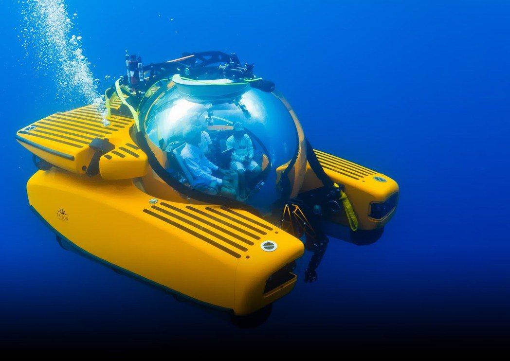 Triton製造的小型潛水艇成為富豪新寵。取自youtube
