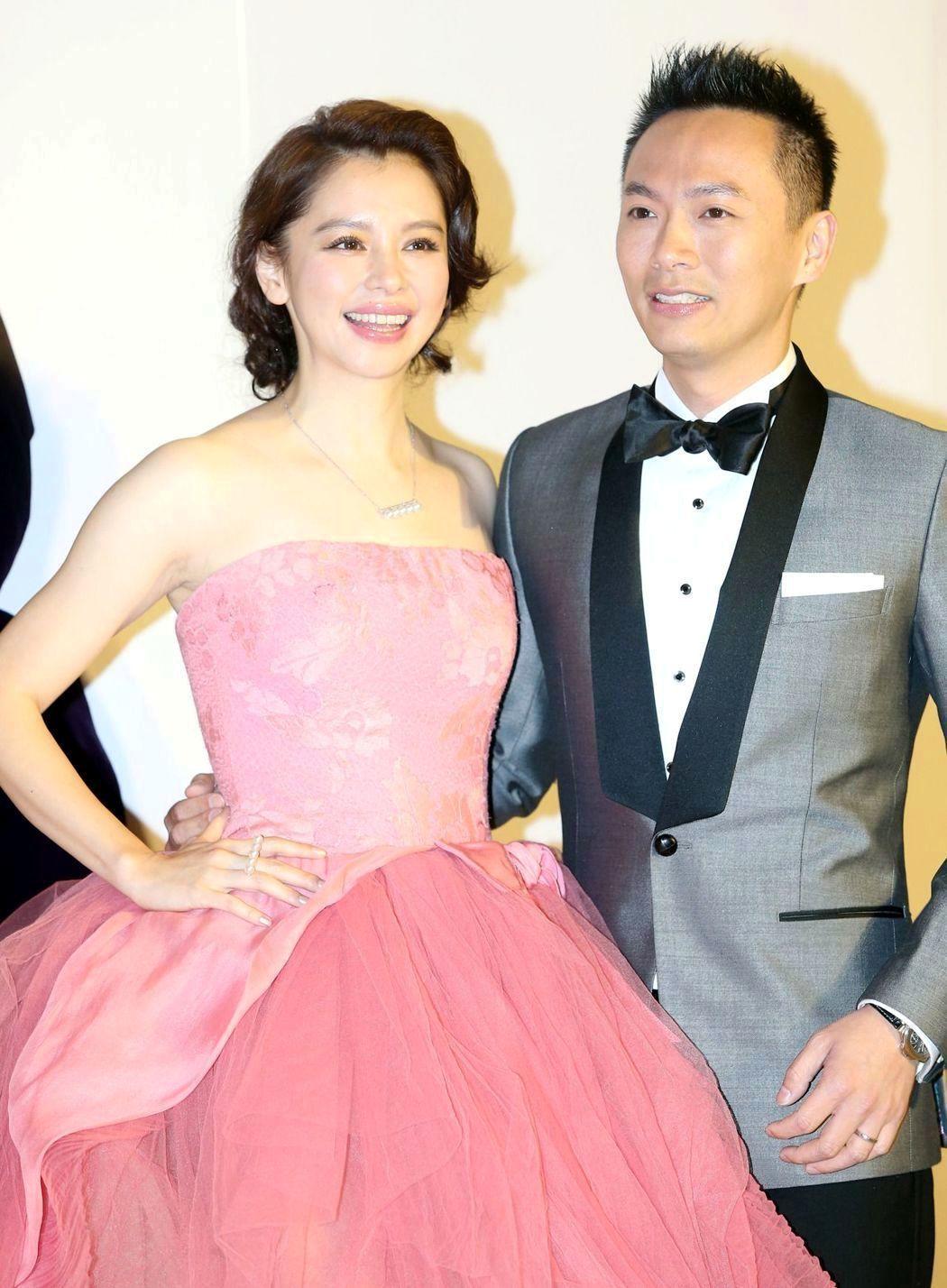 徐若瑄(左)與李雲峰(右)結婚多年,感情依舊甜蜜。圖/本報資料照