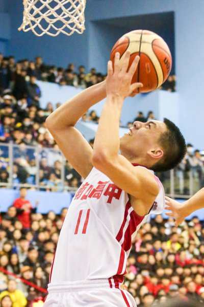 南山魏嘉豪在這場比賽為球隊進帳11分。記者鄭清元/攝影