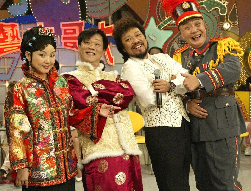 2004年綜藝大哥大錄影,夏禕(左起)倪敏然,張菲和乾德門。聯合報系資料照 記者...