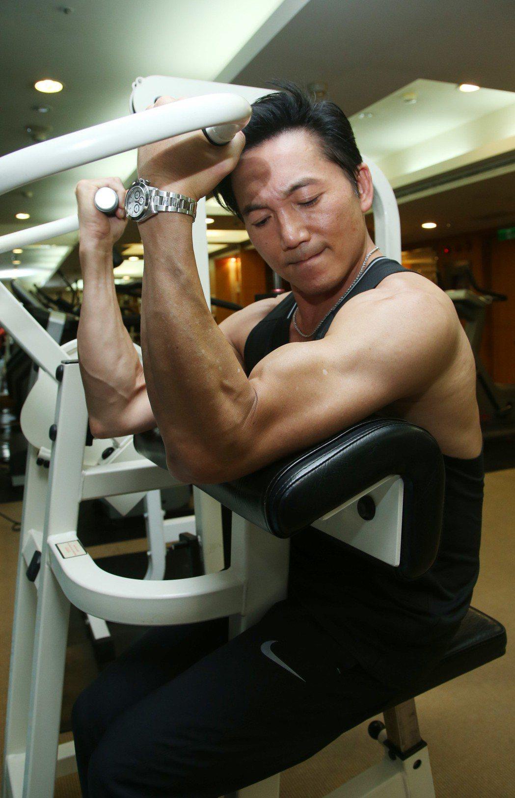 鄒兆龍健身。記者陳瑞源/攝影