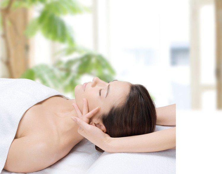 肩頸放鬆,適合舒緩現代人3C用品過度的體況。圖/EB SPA提供