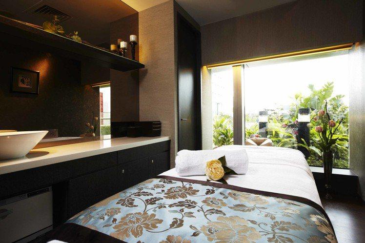 EB SPA位在寒舍愛麗酒店的7樓,部分護膚空間援引庭園自然光。圖/EB SPA...