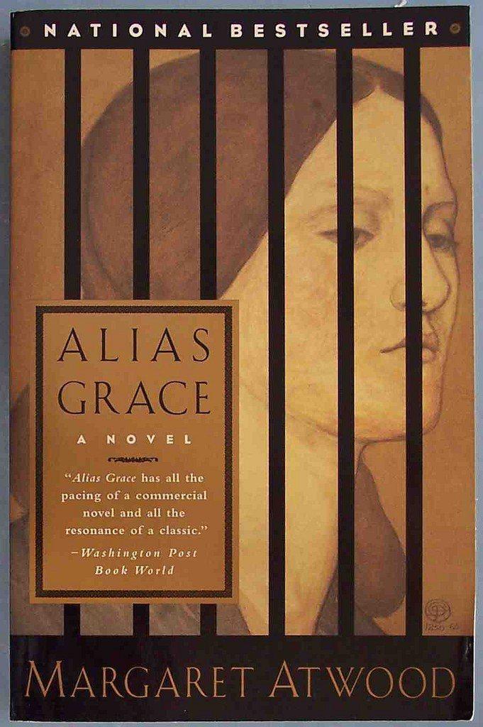 葛蕾斯被判謀殺了她的主人湯瑪斯和情婦南西。但有人認為他是無罪的,也有人認為她是邪...
