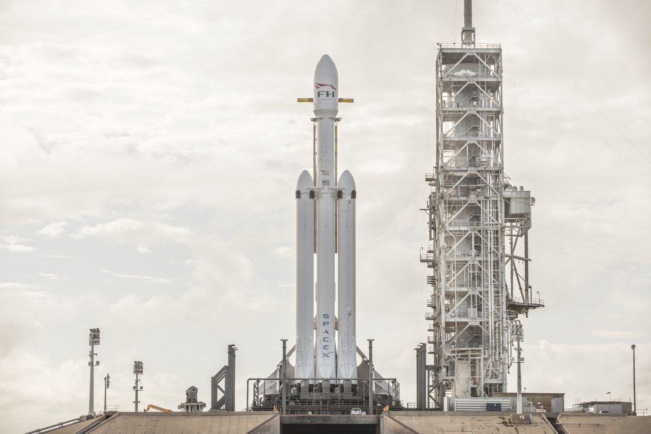 SpaceX明發射史上最強大火箭 但可能失敗後果堪憂