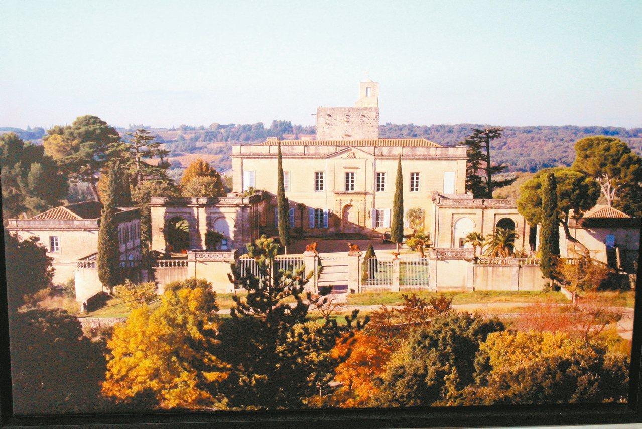拜訪agnès b共同創辦人的古堡莊園,品嘗初榨高分橄欖油。 圖/有行旅提供