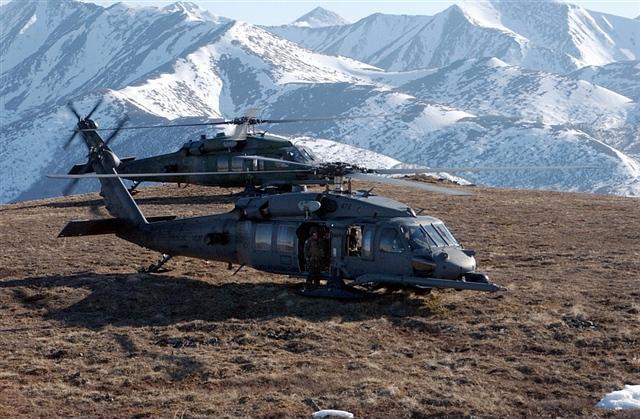 黑鷹直升機馬力強大,可在高原地區操作。 圖/取自網路