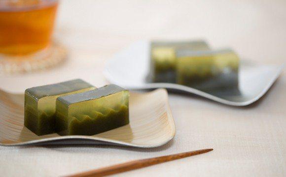 京都象彥在傳承日本蒔繪漆器工藝上具有重要地位。象彥提供