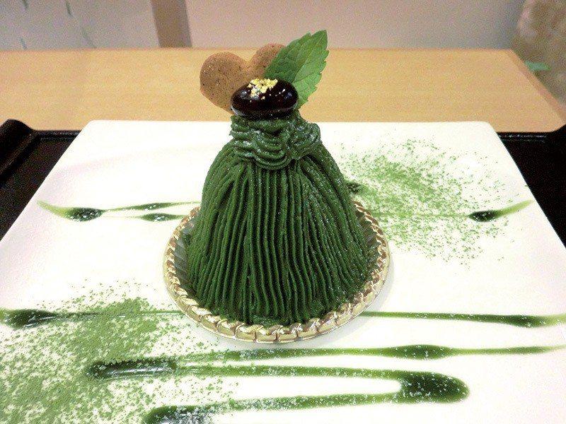 濃茶モンブラン(濃厚抹茶蒙布朗)¥650/微苦的抹茶和甜而不膩的奶油完美結合,讓...
