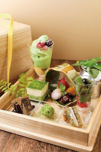 一押しの「お抹茶・玉手箱スィーツ」(抹茶珠寶盒)¥1404/一次品盡抹茶聖代、抹...