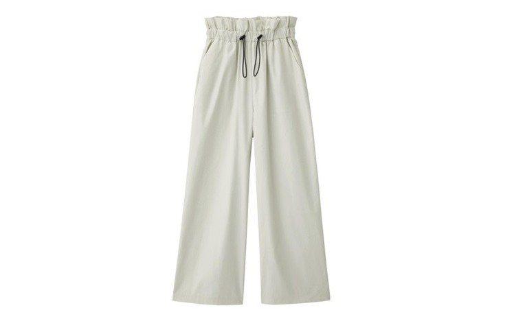 抽繩設計寬褲790元。圖/GU提供