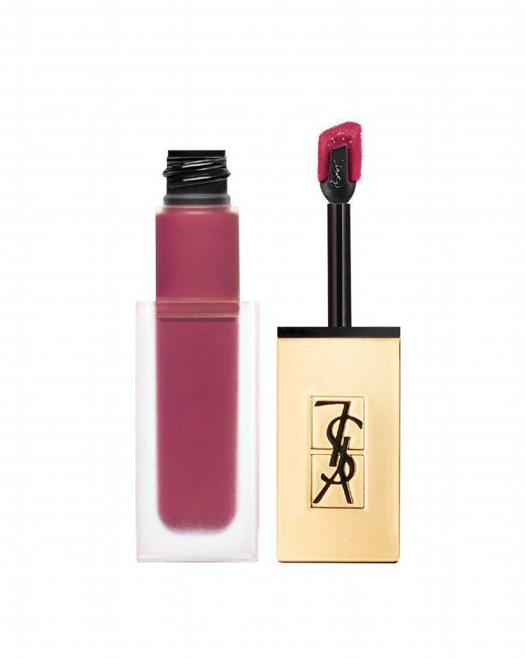 YSL時尚印記絲絨唇露#5緋紅惡女,售價50。圖/YSL提供