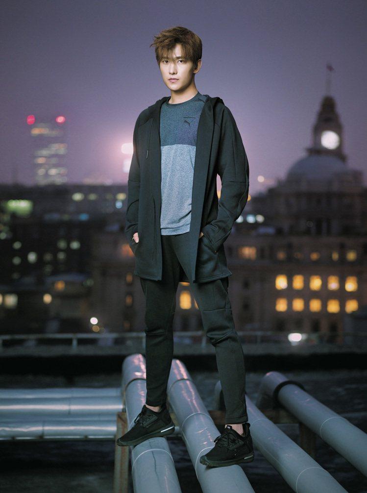 PUMA品牌代言人楊洋詮釋新款IGNITE Limitless SR鞋款。圖/P...