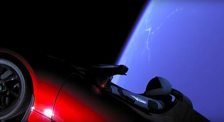 鋼鐵人就是狂!發射火箭將 Tesla Roadster送到外太空