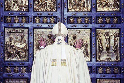 教廷的重大舉措,顯示中國教會分裂的局勢,正因中梵關係改善而迅速改變。 圖/路透社