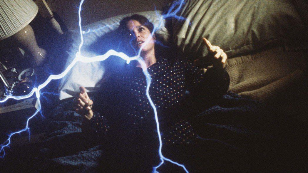 「鬼戀」描述單親母親受到鬼魂強暴的恐怖遭遇。圖/摘自imdb