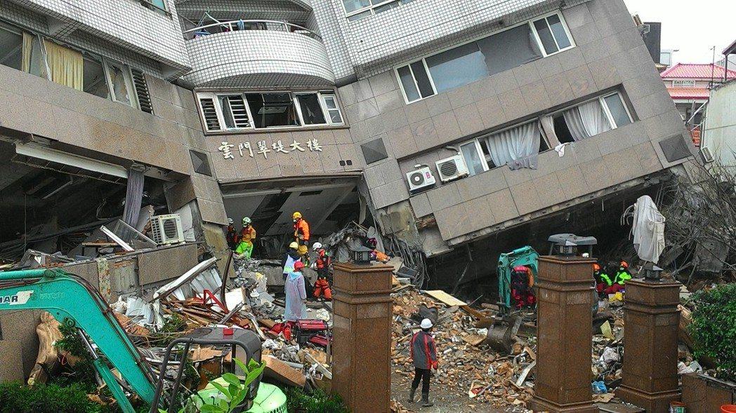 成大建築系特聘教授姚昭智表示,國人建築習慣打掉原本有的牆,有些建築在不懂的人亂搞...