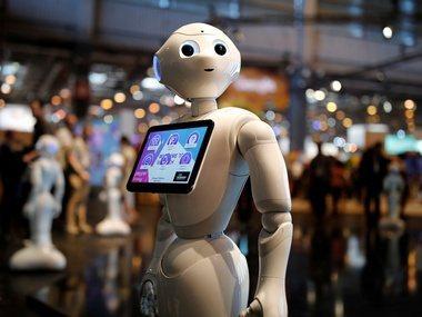 正當市場擔心人工智慧(AI)技術將導致許多人失業,AI實際上也會帶動不少新工作和...