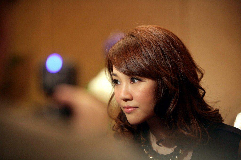 香港歌手謝安琪近日因為提出「流感疫苗無用論」而遭醫學界圍攻,紛紛斥責有關說法荒唐...