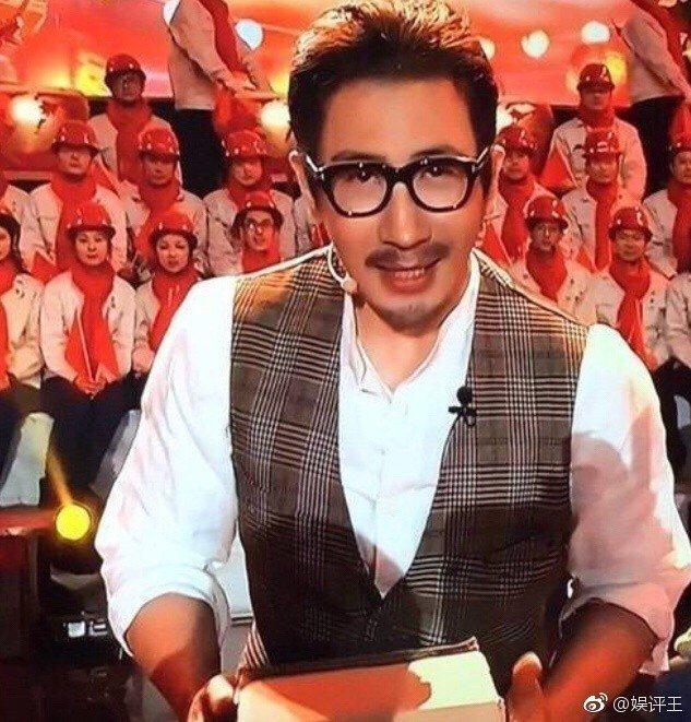劉謙以新造型復出春晚表演。 圖/擷自微博